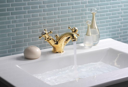 Belgravia Brassware | Create an unlacquered brass finish for your bathroom