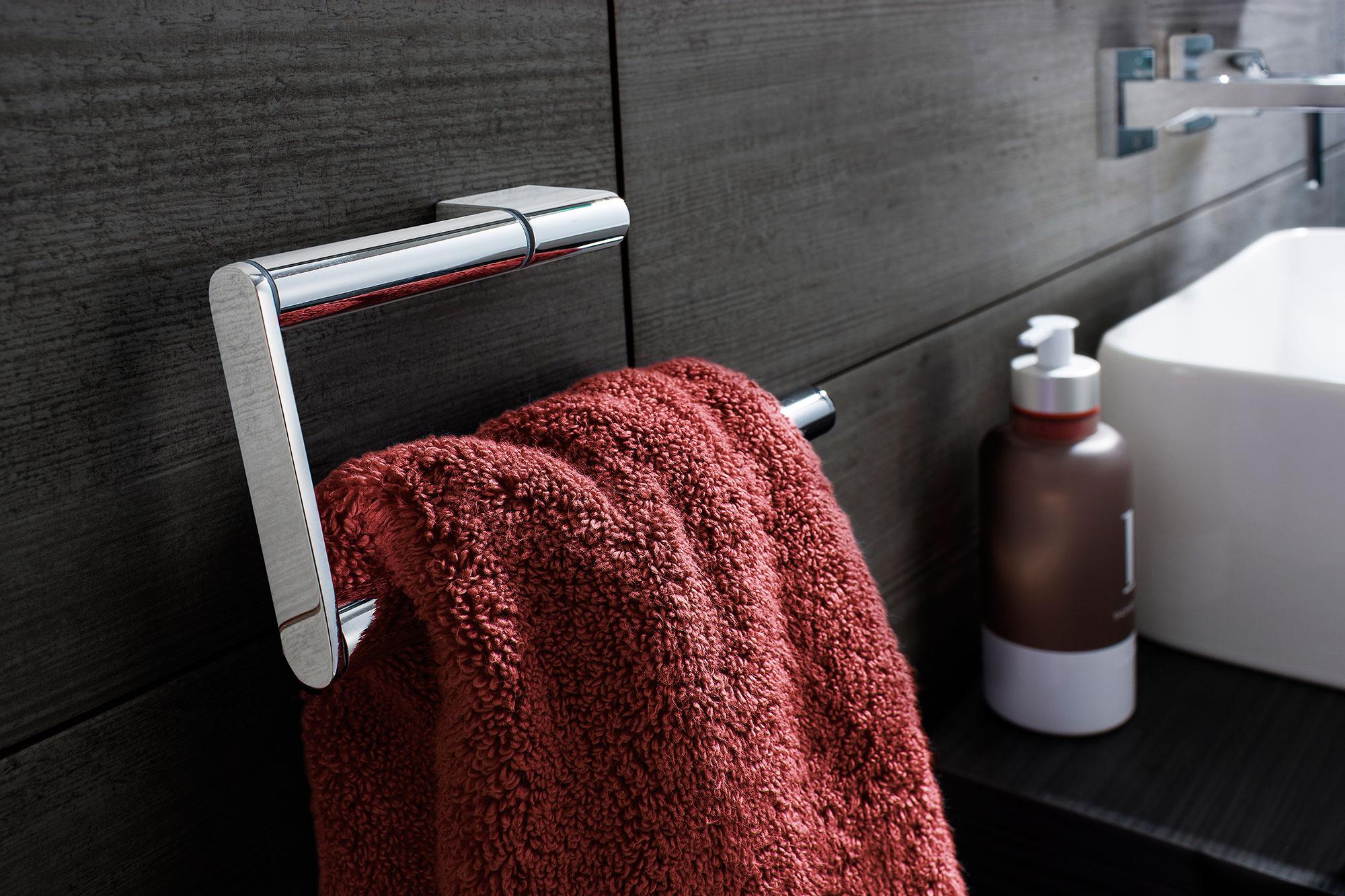 SALE Towel rail