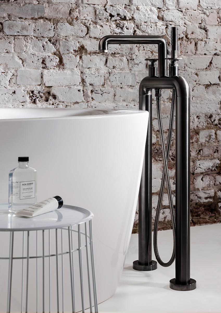 Union Free Standing Bath Filler Amp Shower Kit In Floor Standing Luxury Bathrooms Uk Crosswater